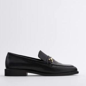 Zara Black loaflers